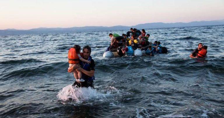 Un salvataggio di migranti a Lampedusa nel 2013 (Fonte: Unhcr)